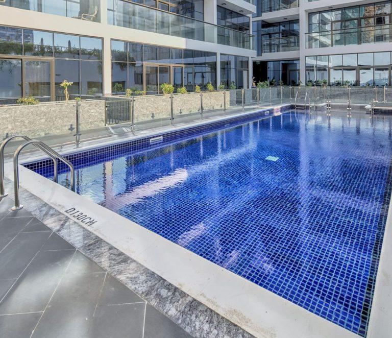 pool-1400x860